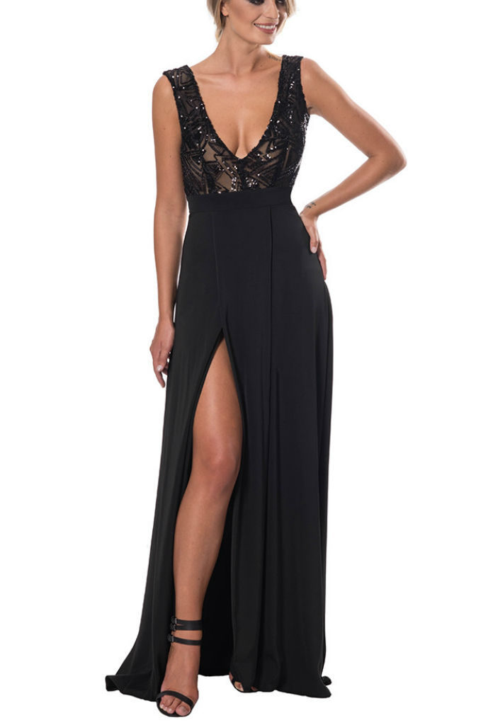 Elsa Black Red Carpet Dress on Rent at £45.00 - musthavedresses.com